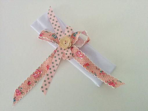 λευκή-κορδέλα-ροζ-φιογκάκια