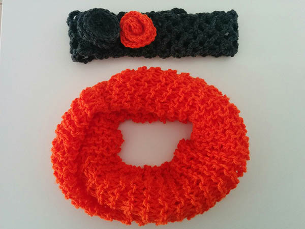 Χειροποίητο πλεκτό γιακά πορτοκαλί και κορδέλα γκρί με πορτοκαλί