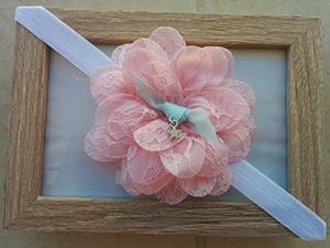 άσπρη-κορδέλα-με-δαντελένιο-ροζ-λουλούδι-1