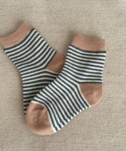 Παιδικές κάλτσες με άσπρο, καφέ και λεπτή ρίγα μπλε
