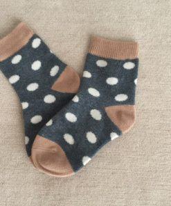 Παιδικές κάλτσες μπλε πουά με άσπρο και καφέ