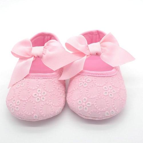 Βρεφικά-παπούτσια-αγκαλιάς-με-μπαρέτα-ροζ-με-φιογκο