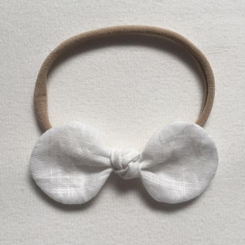 Βρεφική κορδέλα μαλλιών με άσπρο φιόγκο